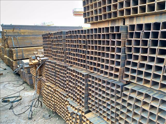 云南昆明钢材市场方管厂