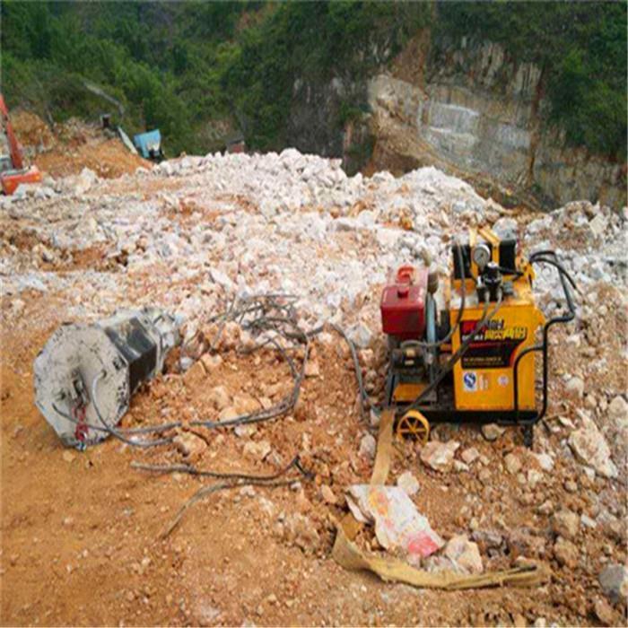 莱芜岩石分裂棒劈石机