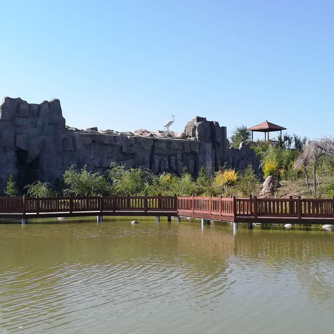 新疆墓地陵园地址