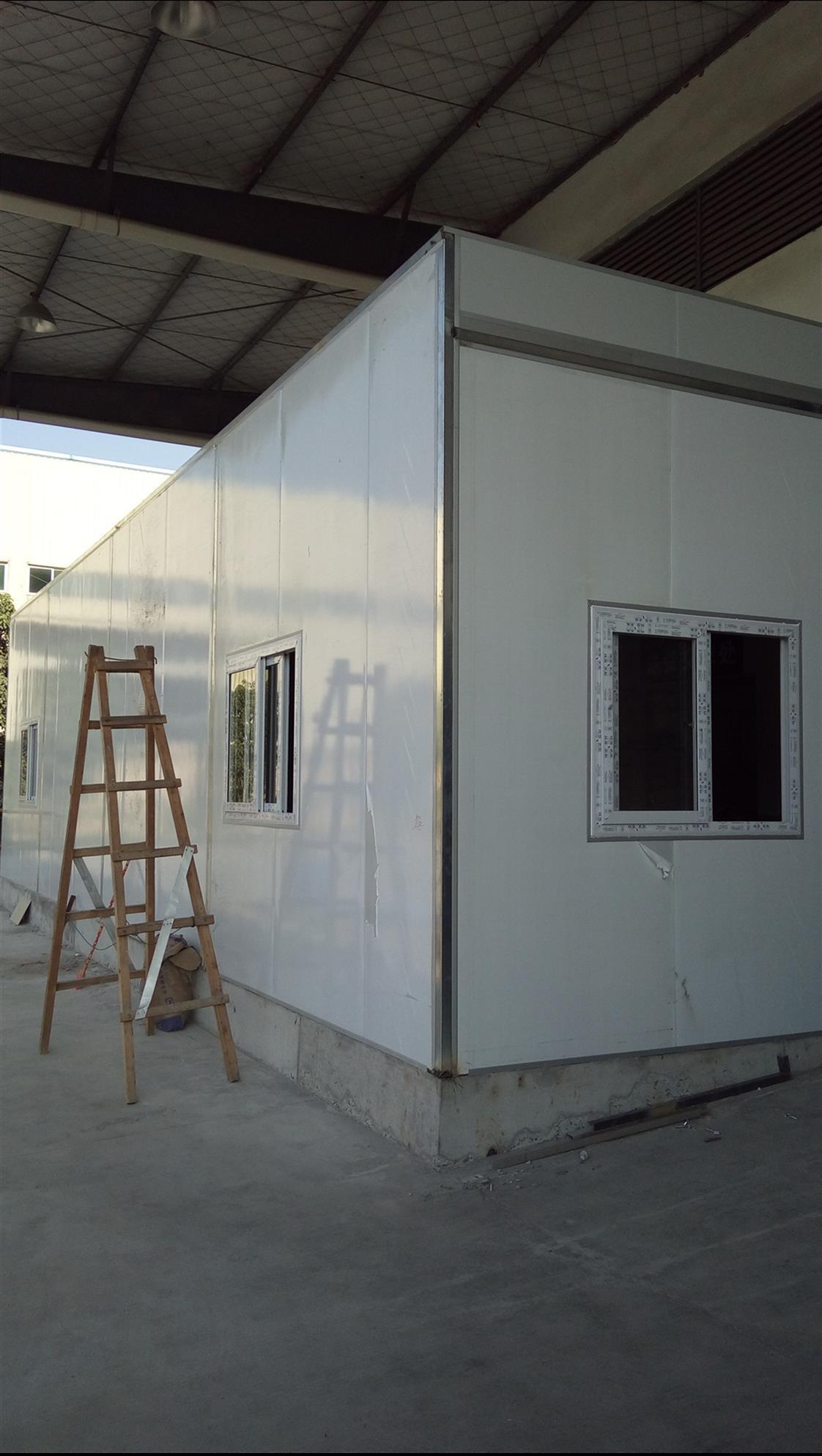万江彩钢板隔墙吊顶工程