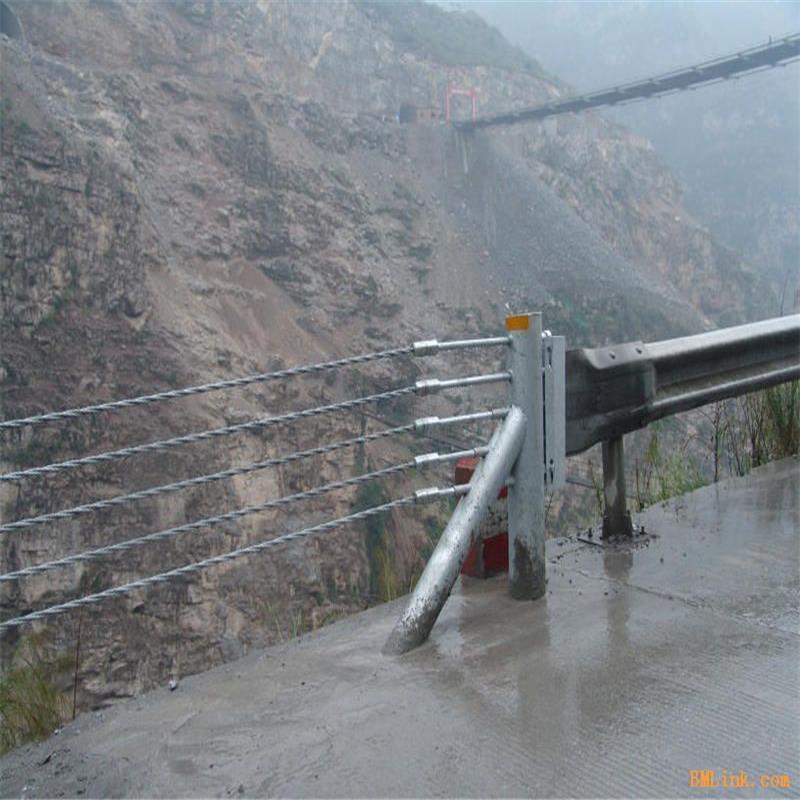 成都专业订制缆索护栏生产厂家