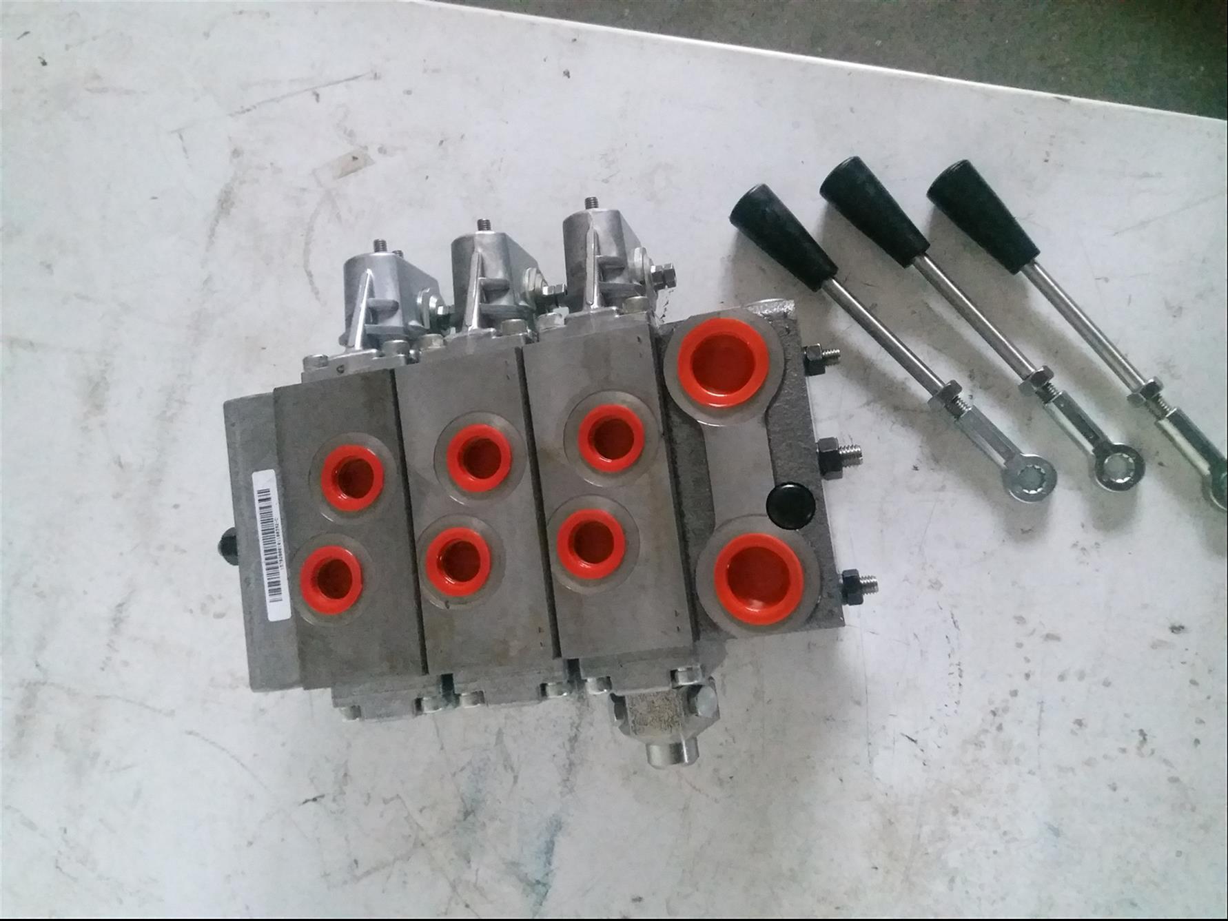 无锡全新PVG32比例控制阀 HPV比例换向阀价格