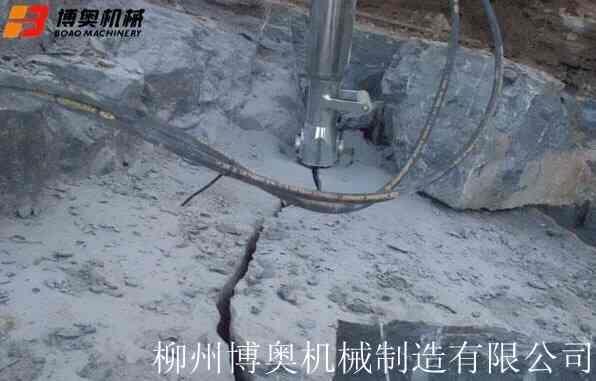 临沂液压岩石劈裂机厂