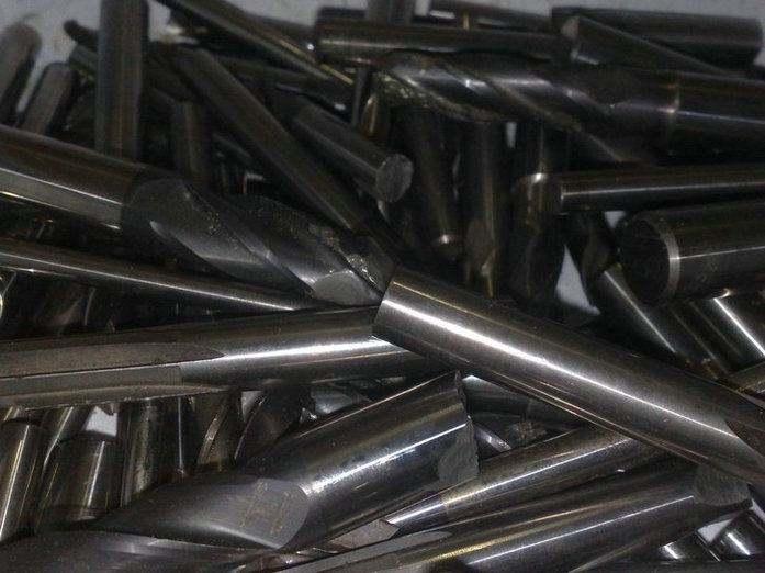 唐家回收废钨钢价格