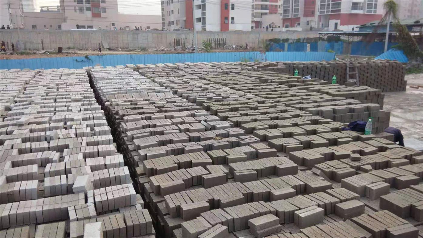 高新区水泥砖厂