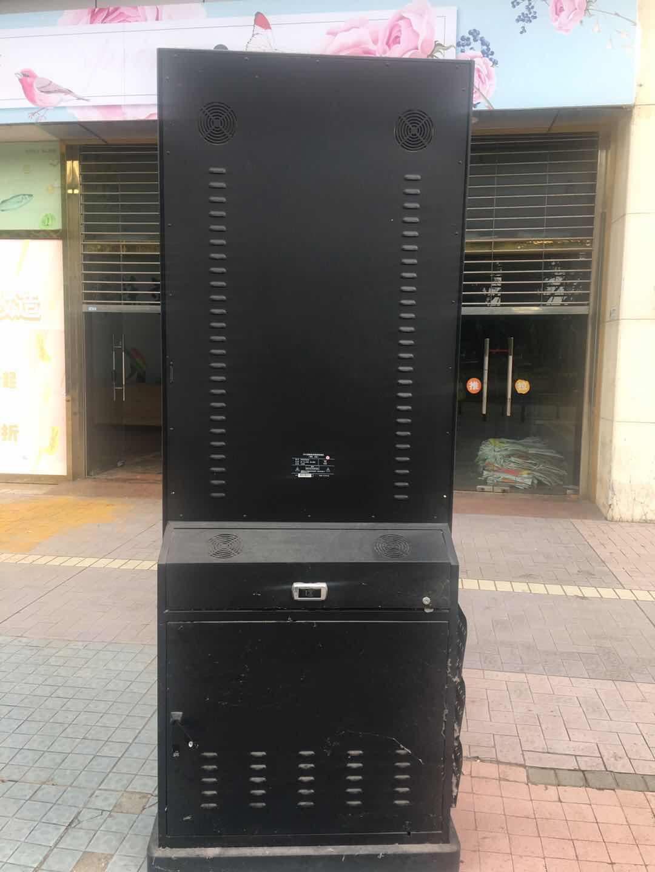 安徽保千里55寸立式广告机回收厂