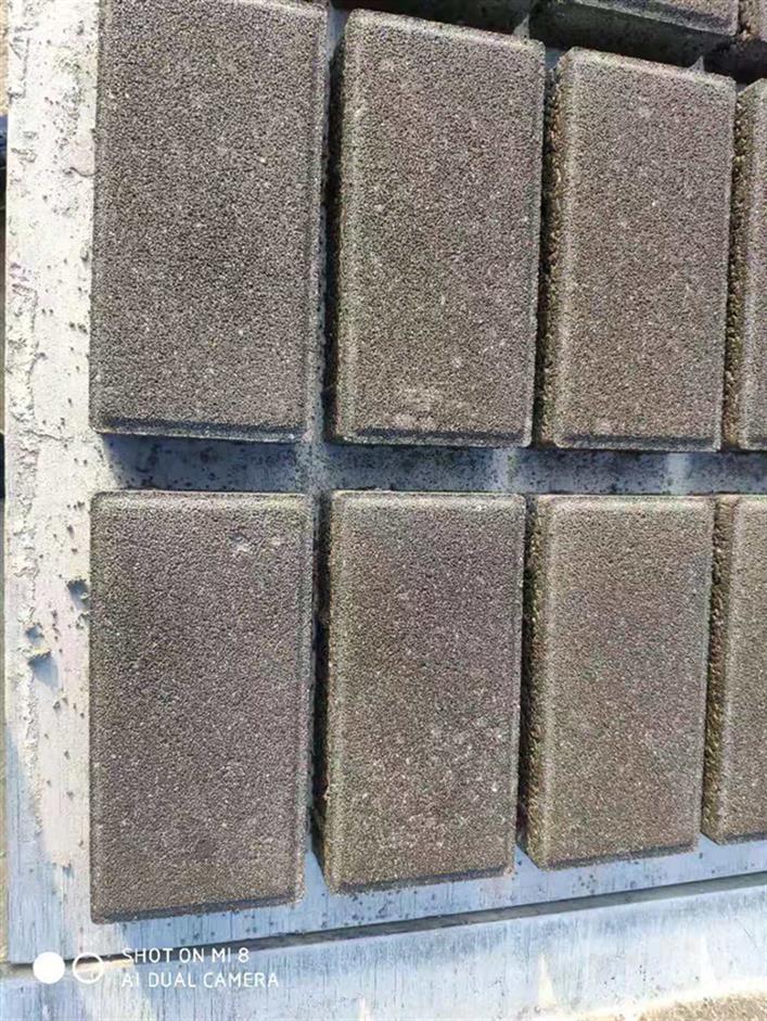 高新区彩色砖规格