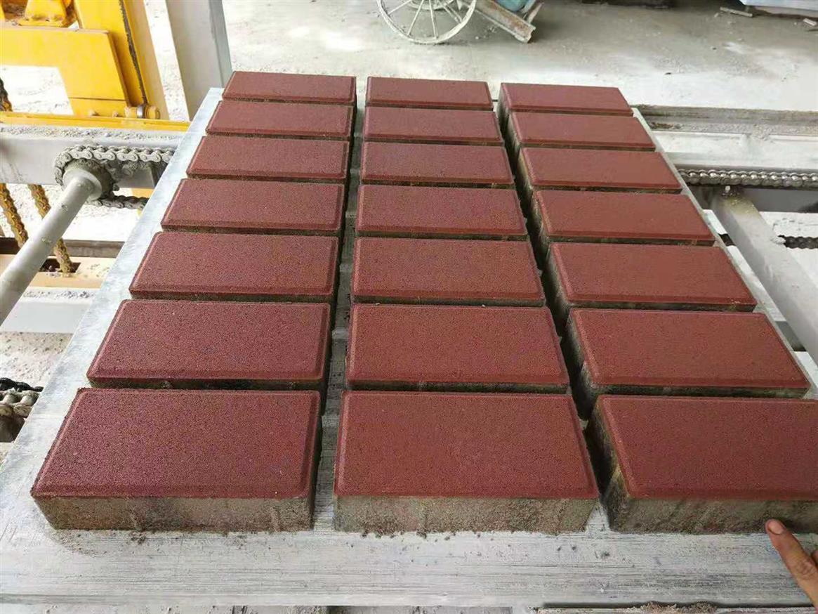 乾务环保砖厂