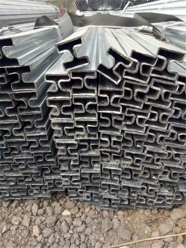 凹槽管价格护栏凹槽管厂