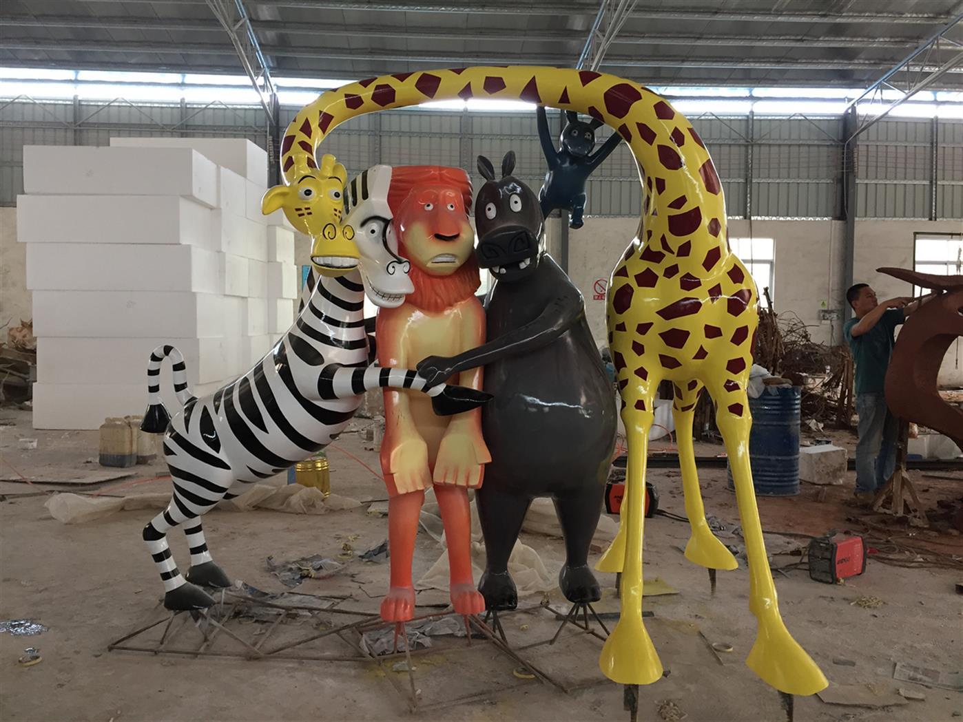 包头动物雕塑加工 玻璃钢动物雕塑 品质优良