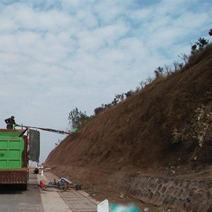 赣州客土喷播出售 山体护坡生态修复绿化 客土喷播报价