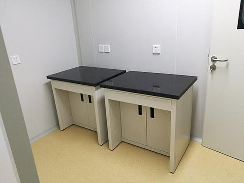 低价热销威海实验室减震天平台称量台生产厂家 橱柜 可加工定制